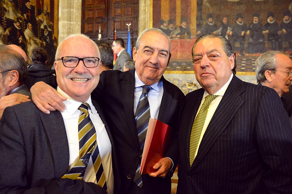 El Presidente de AVE, Vicente Boluda, el Presidente de FERRMED en la Comunitat Valenciana, D. Federico Felix (en el centro de la foto) junto a nuestro Presidente Luis Rosa